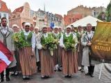 """Tautas tērpu iegāde Maltas deju kolektīvam """"Rutuļi"""